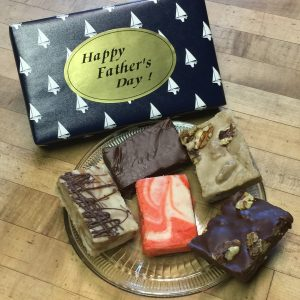 1 Pound Coons Famous Fudge Father's Day Box
